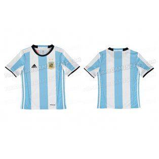 El nuevo uniforme de Argentina para el 2016, filtrado en las redes sociales.