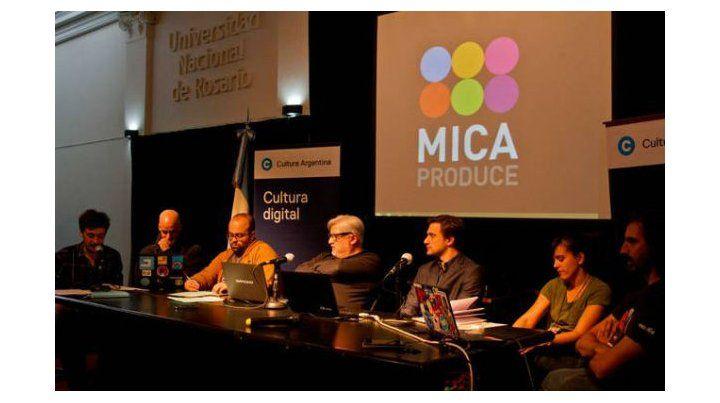 Nuevos tiempos. En el foro de Cultura Digital en Mica Produce