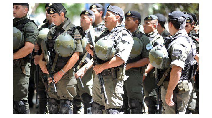 Las fuerzas federales podrán disparar a delincuentes en fuga