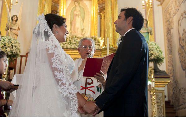 Matrimonio Universidad Catolica : Sólo el por ciento de las parejas se casan amor