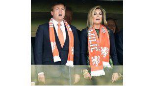 Máxima, con el corazón partío por el encuentro entre Argentina y Holanda