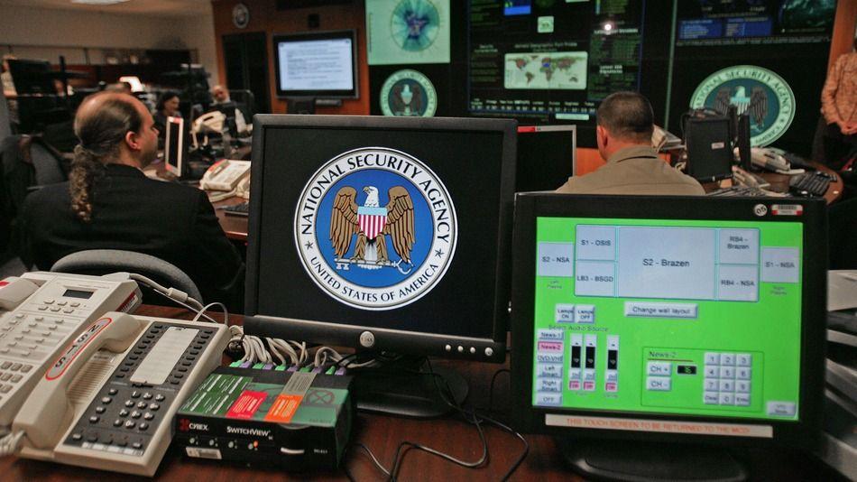 La NSA ha colocado software en casi 100.000 computadoras en todo el mundo que le permite vigilar esos dispositivos.
