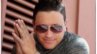Elvis Crespo protagonizó un papelón y admitió su alcoholismo
