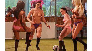 Fútbol para todos y todas. Las chicas solo quieren divertirse.