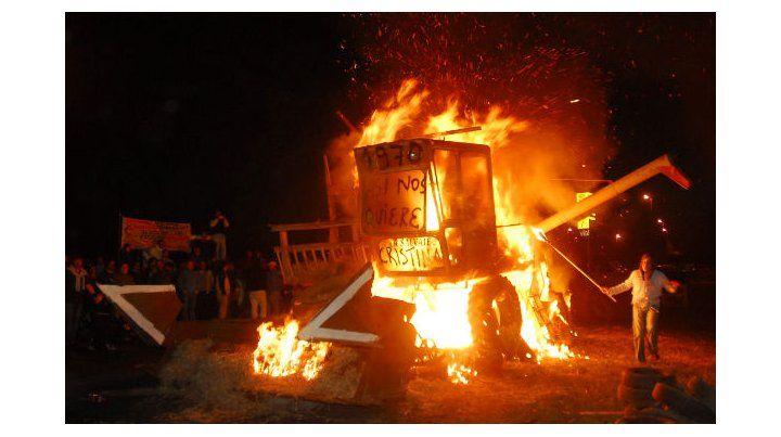 el conflicto. La protesta agraria provocó una gran tensión al inicio de la gestión de Cristina en 2008. (Foto: E. Rodríguez Moreno)