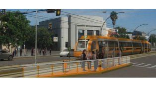 Fein aseguró que Bonfatti busca financiamiento para el tranvía rosarino.
