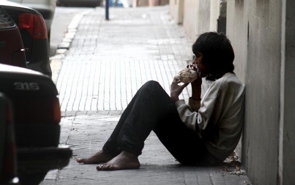 Flagelo. Las adicciones golpean con fuerza en los jóvenes más vulnerables.