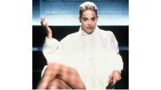 El premier serbio vivió en carne propia una situación similar a la protagonizada por Sharon Stone y su famoso cruce de piernas en Bajos instintos