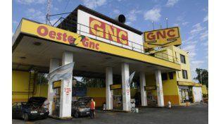La estación de GNC asaltada anoche en la zona oeste. (Foto: S. Toriggino).