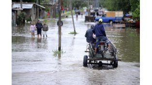 Las impactantes imágenes del temporal de viento y lluvia que azotó a la ciudad de Rosario