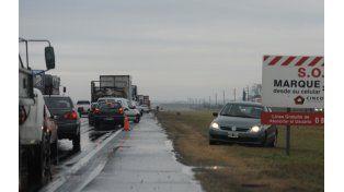 Permanecen cortadas la autopista a Córdoba, la ruta 9, la 33 y la 11 por el temporal