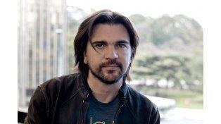 exitoso. Juanes ha vendido 12 millones  de discos y ha obtenido diecisiete premios  Latin Grammy.