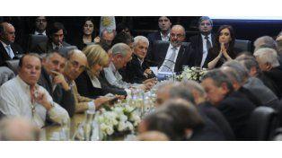 Tomada y Cristina encabezaron hoy la reunión del Consejo del Salario.