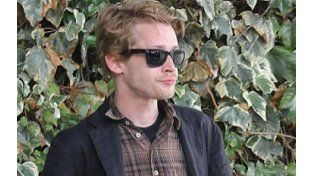 Macaulay reapareció el sábado pasado en la boda de Natalie Portman.