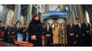Cristina Fernández presidió en Bariloche el acto central por el 202ª aniversario de la Revolución de Mayo.