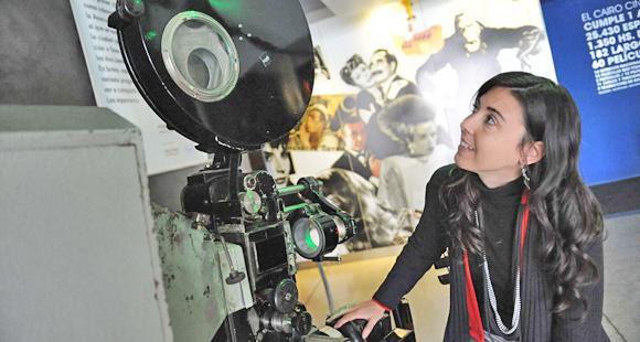 Sandra Corizzo y el guiño de una voz de película en la Lavardén