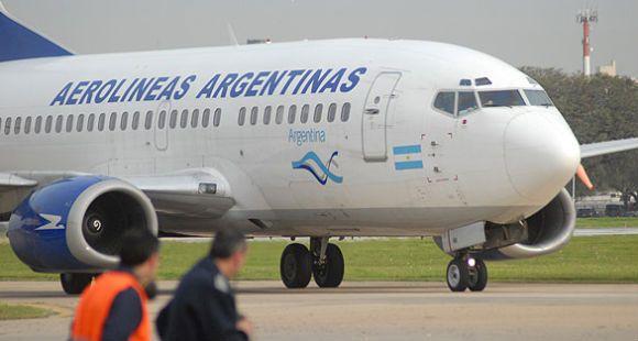La gran estafa: volaba por Aerolíneas y compraba pasajes con tarjetas de crédito ajenas