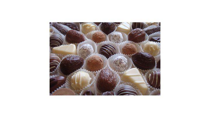 Comer chocolate produce sentimientos similares a estar enamorado