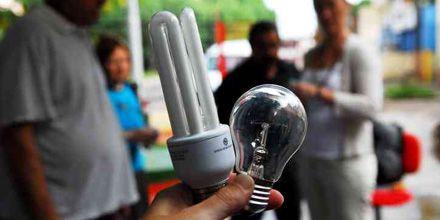 Prometieron 500 mil lámparas de bajo consumo, pero sólo entregaron el 15%