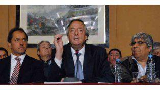 Kirchner volvió a criticar al campo y dijo que los cacerolazos no son espontáneos