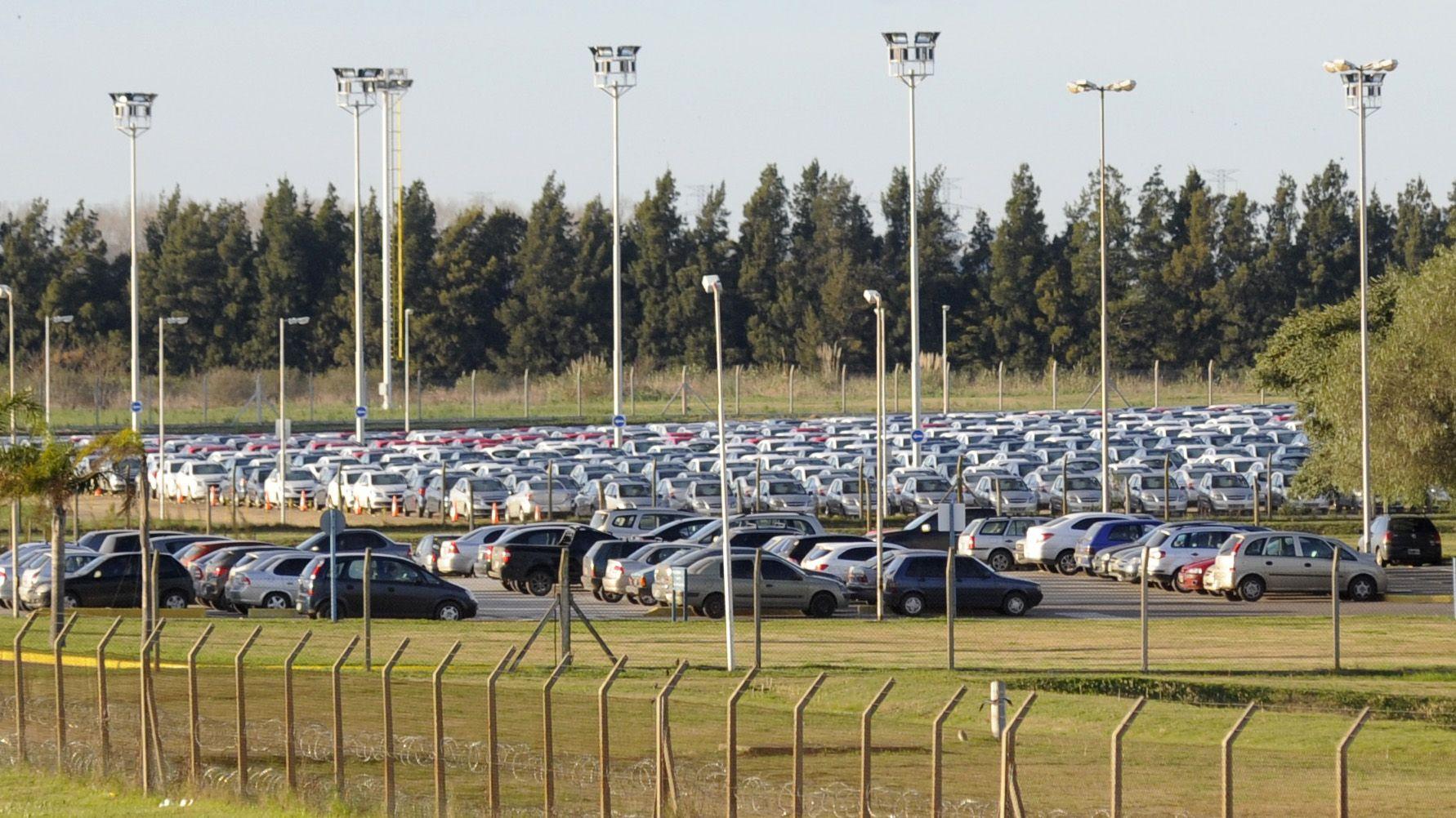 La caída de las exportaciones afecta a la industria automotor. (Silvina Salinas / La Capital)
