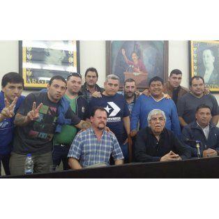 Organizada por el Sindicato de Camioneros de Santa Fe, tuvo lugar en la sede de la CGT nacional una jornada de identidad para delegados. Allí, Hugo Moyano compartió conceptos con los presentes y dialogó con Sergio Aladio, del sindicato santafesino.