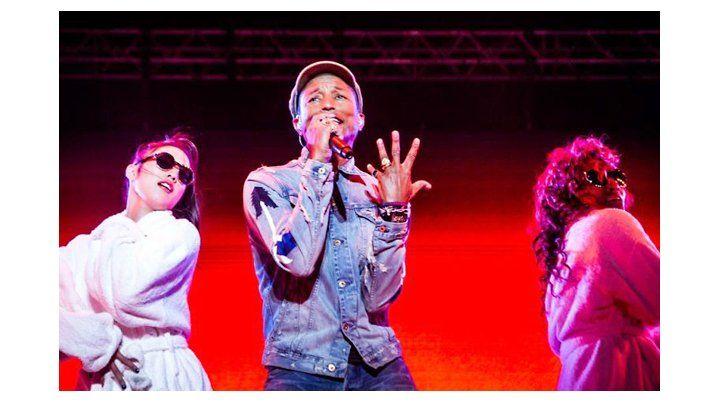 Carismático. Pharrell Williams fue ovacionado por su hit Happy.