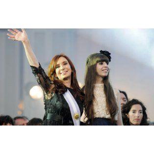 La expresidenta de la Nación, junto a su hija Florencia.
