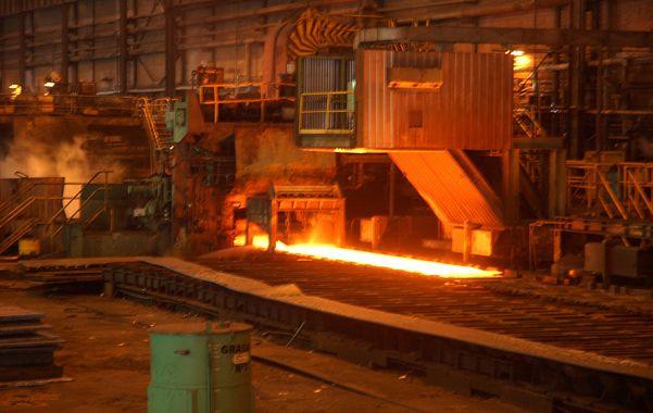 Menos acero. La producción siderúrgica cayó 1