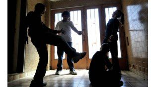 Cuidado. Los casos de bullying crecen tanto en número como en violencia.