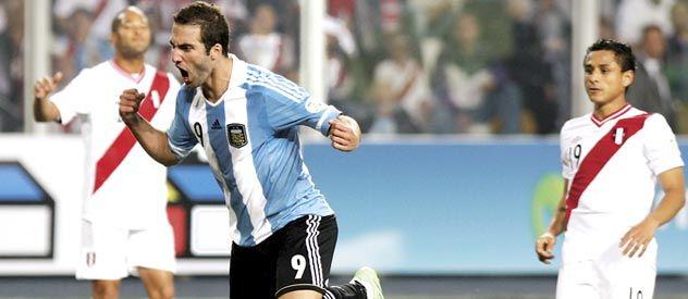 Pipita Higuaín grita su gol