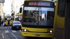 Desde el lunes comenzará a regir la nueva tarifa del transporte urbano de colectivo. (Foto La Capital)