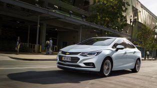 En sociedad. GM presentó el producto a la prensa en Bariloche. Estará disponible en el mercado en junio.