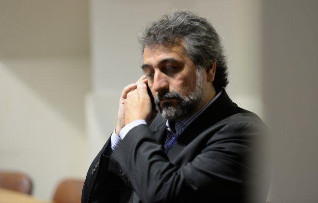 El exconcejal Neri Roldán dijo que 2.500 familias corren riesgo de ser desalojados. (Foto La Capital/S. Salinas)