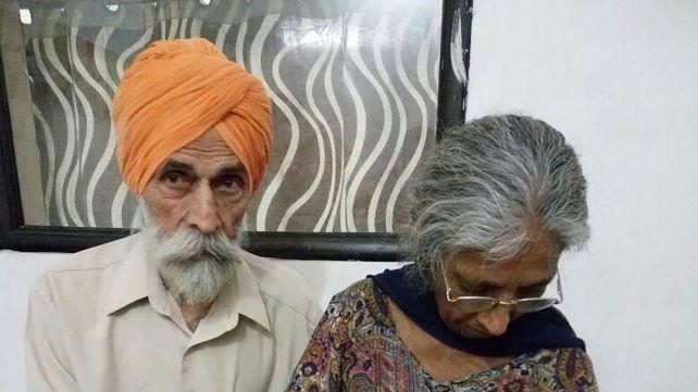 Daljinder Kaur junto a su marido