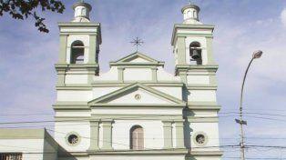 Frente de la iglesia San Isidro Labrador en Lima
