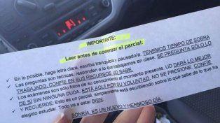 El texto que repartió la docente previo al examen en la Universidad Arturo Jaureche.