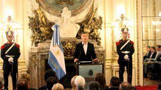 El presidente Mauricio Macri en el salón Blanco de la Casa de Gobierno.