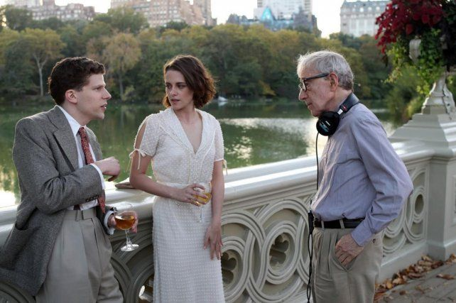 Regreso a los años 30. Kristen Stewart y Jesse Eisenberg protagonizan Cafe Society