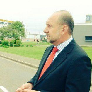Omar Perotti recorrió la planta de General Motors con el diputado Roberto Mirabella en el marco de la visita del presidente Mauricio Macri.