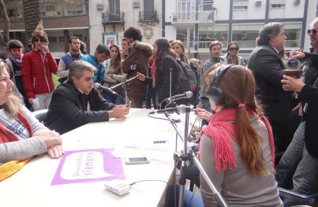 El reclamo masivo a favor de la universidad pública se hizo escuchar en Rosario