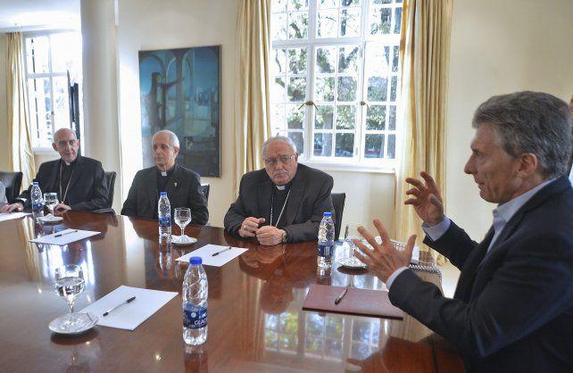 Encuentro. El presidente escuchó a los representantes de la Iglesia Católica
