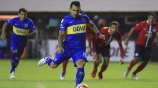 La carta de gol. Carlos Tevez será determinante en el ataque de los xeneizes frente al equipo uruguayo.