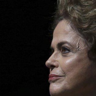 La presidenta de Brasil, en su hora más difícil desde que asumió el segundo mandato.