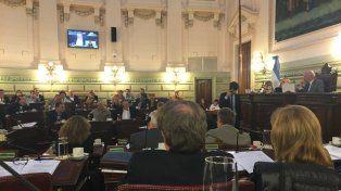 Debaten en la legislatura provincial la potestad de los intendentes para definir el precio del boleto
