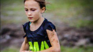 Milla Bizzotto sigue un estricto entrenamiento junto a su padre.