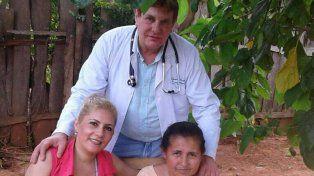 Falso medico. Viarnes tenía una falsa credencial de médico de la UBA y ejercía como tal en Paraguay.