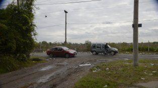 El taxista fue atacado en Temporelli y calle Pública.