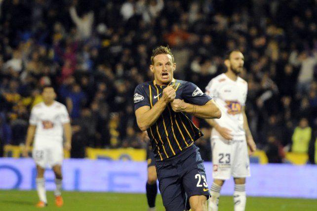 Cetto anotó el gol del empate. Fue el primero con la camiseta de Central.