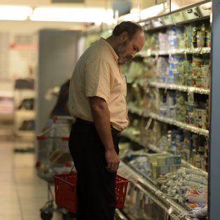 El aumento de precios provocó una retracción del consumo, incluso de artículos de la canasta básica.